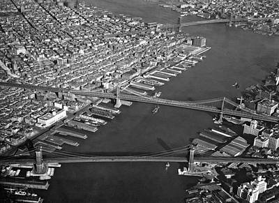 Photograph - New York City Bridges by Underwood Archives