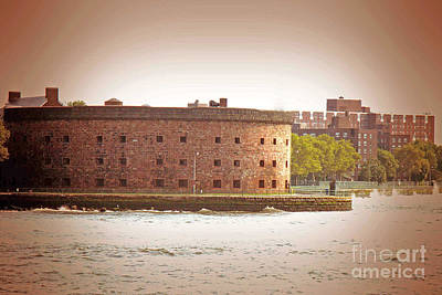 Photograph - New York City - Governer's Island by Luther Fine Art