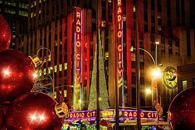 Photograph - New York City Holiday by Chris Lord