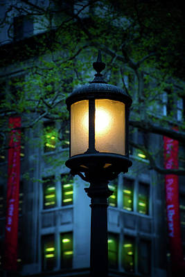 Photograph - New York City Lamp Post by Mark Andrew Thomas