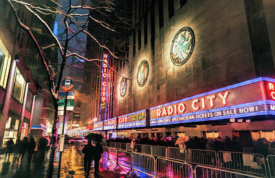 Painting - New York City Radio City Music Hall by Christopher Arndt