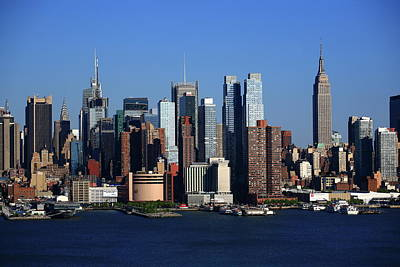 Photograph - New York City Skyline 11 by Frank Romeo