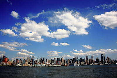Photograph - New York City Skyline 2 by Frank Romeo
