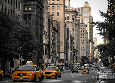 Photograph - New York City - Usa - Yellow Cabs At 5th Avenue by Carlos Alkmin
