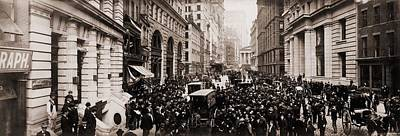 New York Curb Exchange In 1902.  The Art Print by Everett