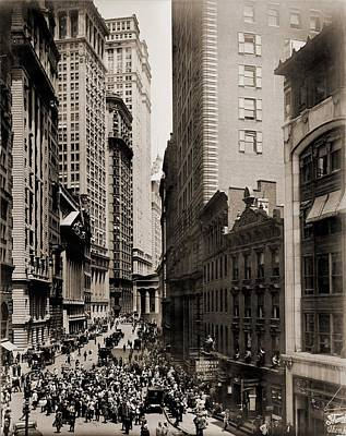 Photograph - New York Curb Exchange In 1916. In 1921 by Everett