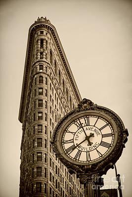 Photograph - New York Flatiron by Juergen Held