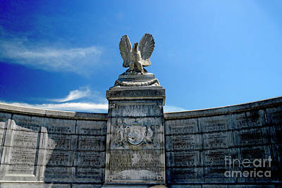 Photograph - New York Monument At Gettysburg by Paul W Faust - Impressions of Light