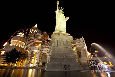 Statue Of Liberty Replica Photograph - New York New York - Las Vegas by Anthony Totah
