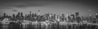 Photograph - New York Skyline by Francisco Gomez
