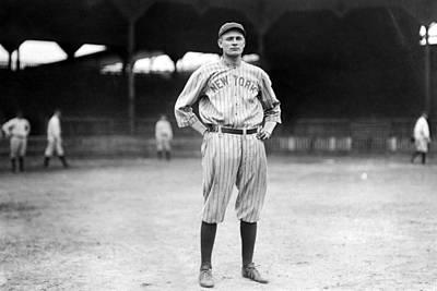 Ev-in Photograph - New York Yankee Wally Pipp, C. 1917 by Everett