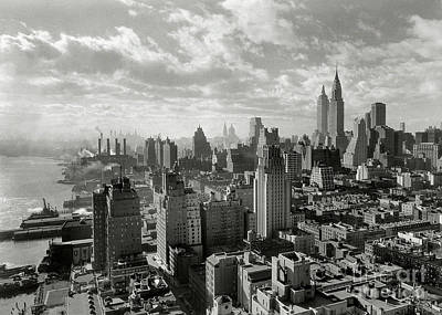 Vintage New York City Photograph - New Your City Skyline by Jon Neidert