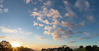 Photograph - New Zealand Sunrise by Les Cunliffe