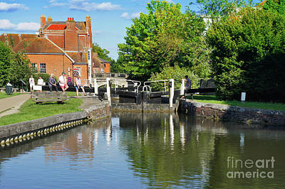 Photograph - Newbury Canal by Tom Gowanlock