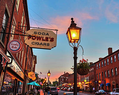 Photograph - Newburyport Ma High Street Lanterns At Sunset Fowle's by Toby McGuire