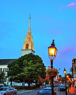 Photograph - Newburypory Ma Old South Presbyterian Church Newburyport Ma Street Lights by Toby McGuire