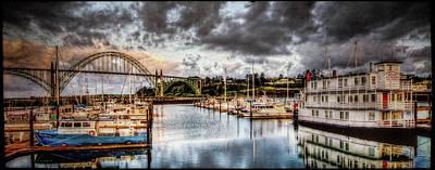 Photograph - Newport Belle At Dawn by Thom Zehrfeld