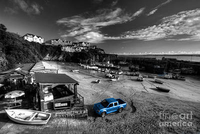 Newquay Harbour  Pickup  Art Print by Rob Hawkins