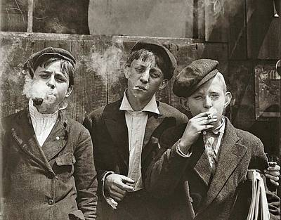Photograph - Newsies At Skeeter Branch Lewis Hine Photo St. Louis Missouri May 9 1910 by David Lee Guss