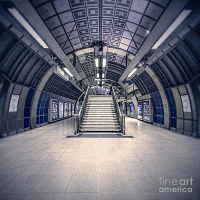 London Tube Photograph - Next Flight Up by Evelina Kremsdorf