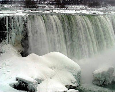 Photograph - Niagara Falls 3 by Anthony Jones