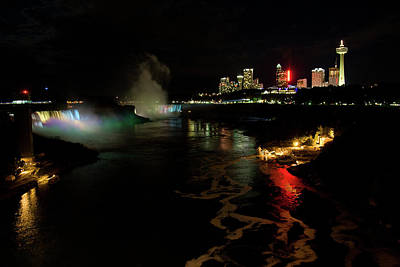 Photograph - Niagara Falls At Night by Jeff Folger