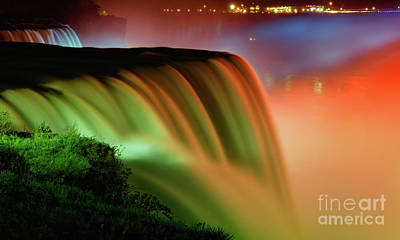 Fall Colors Photograph - Niagara Falls Autumn Sunset by Charline Xia