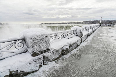 Photograph - Niagara Falls Devoid Of Tourists by Georgia Mizuleva