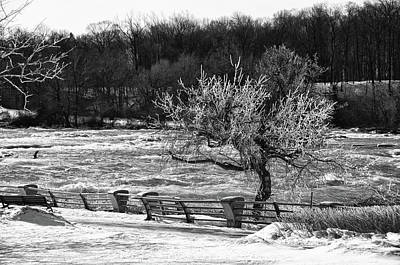 Art Print featuring the photograph Niagara Falls Ice 4514 by Guy Whiteley