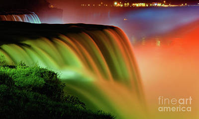 Niagara Falls Illumination Of Lights At Night Art Print