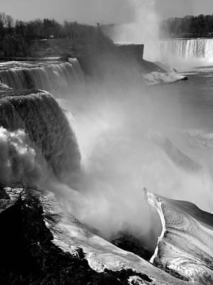 Photograph - Niagara Falls In Spring by David Bearden