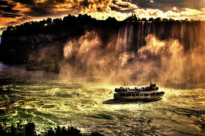 Photograph - Niagara Falls Maid Of The Mist Autumn Sunrise by Roger Passman