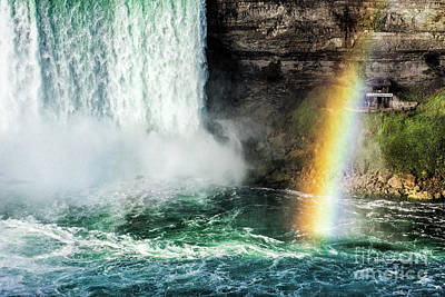 Niagara Falls Rainbow Print by John Greim