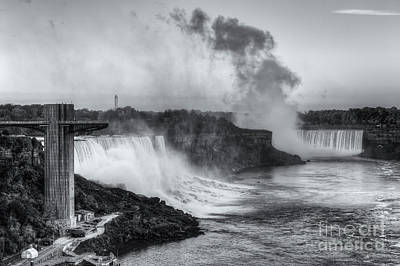 Photograph - Niagara Falls Sunrise Light II by Clarence Holmes