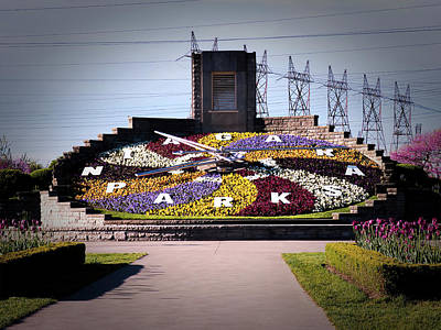 Photograph - Niagara Floral Clock May 2017 by Leslie Montgomery