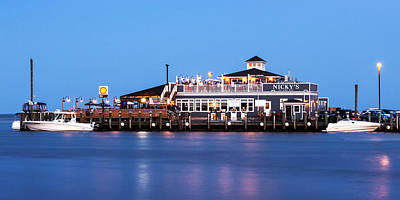 Photograph - Nicky's On The Bay - 10x20 by Vicki Jauron