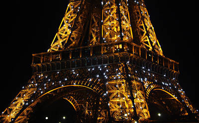 Night At The Eiffel Art Print by Susie Weaver