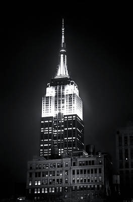 Photograph - Night At The Empire State Building by Mark Andrew Thomas