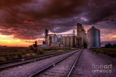 Photograph - Night Falls At Oahe Grain by Michele Richter