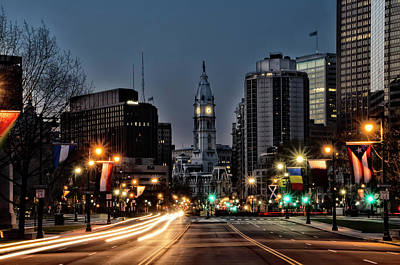 Photograph - Night On The Benjamin Feanklin Parkway - Philadelphia by Bill Cannon