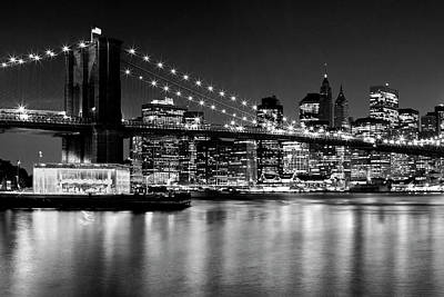 Night Skyline Manhattan Brooklyn Bridge - Monochrome Art Print