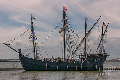 Photograph - Nina And Pinta In Charleston Sc by Dale Powell