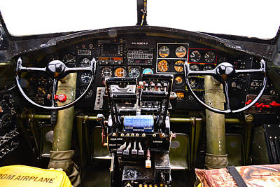 Photograph - Nine-o-nine Cockpit by Robert Brusca