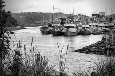 Aleut Photograph - Ninilchik Boat Harbor by Phyllis Taylor