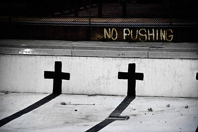 Photograph - No Pushing by Colleen Joy