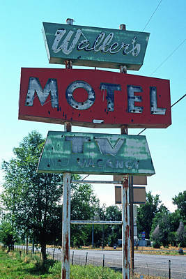 Nostalgic Sign Photograph - No Vacancy by Kathy Yates