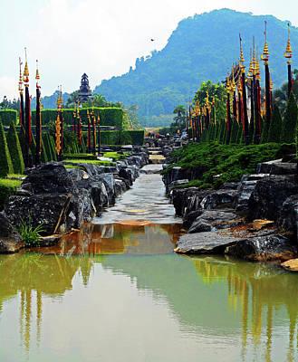 Photograph - Nong Nooch Gardens 12 by Ron Kandt