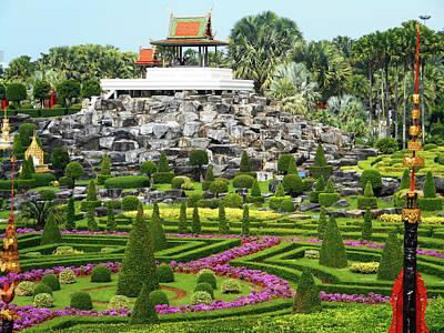 Photograph - Nong Nooch Gardens 23 by Ron Kandt