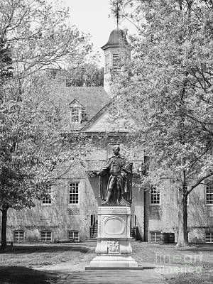 Norborne Berkeley Statue At The College Of William And Mary Art Print