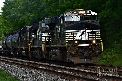 Locamotive Photograph - Norfolk And Southern Engine 8012 by J M Lister